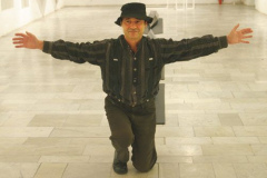 május 14. Budahelyi Tibor Munkácsy- díjas szobrászművész kiállítása